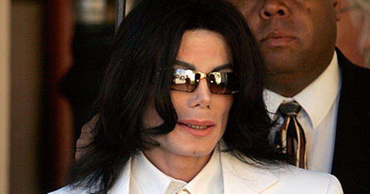"""Ciprian Marica, cu mana pe penis! """"L-am imitat pe Michael Jackson"""""""